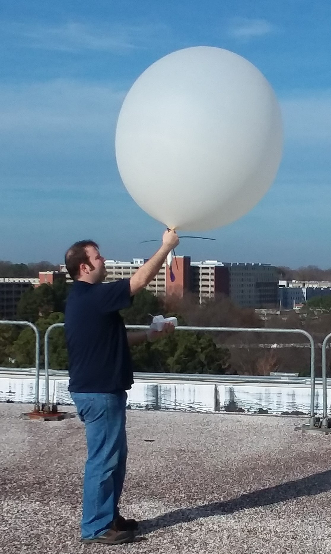 Joe an dradiosonde balloon